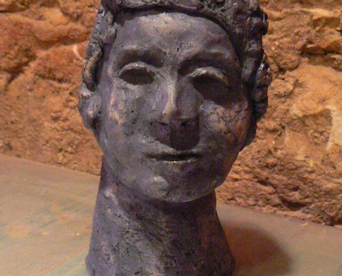 Kurz výroby keramiky pro dospělé Praha - bižuterní keramická hlína zdobená kobaltem.