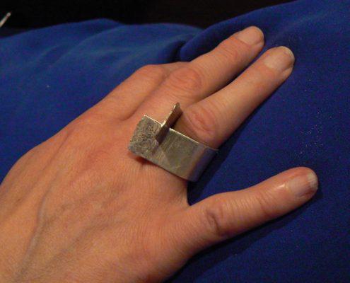 Kurs výroby šperků Praha - stříbrný patinovaný prsten