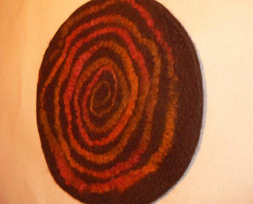 Kurz plstění pro seniory plstěný baret – plstění mokrou cestou