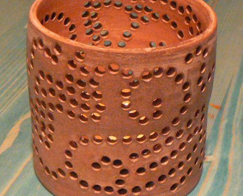 Keramika děti - perforovaná keramická hlína