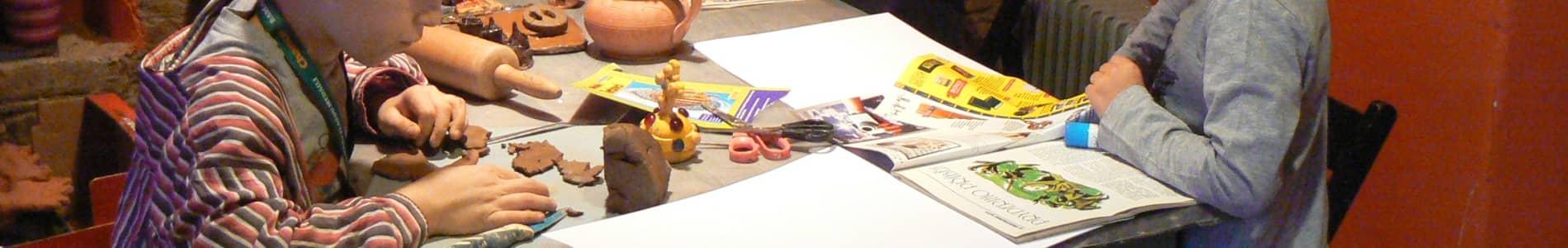 kresba, malba keramika děti