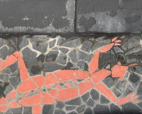 detail venkovní mozaiky